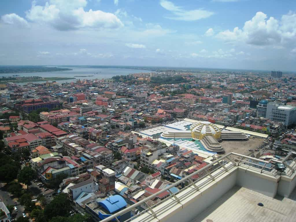 Penh/Photo_aerienne_marche_central_Phnom-Penh